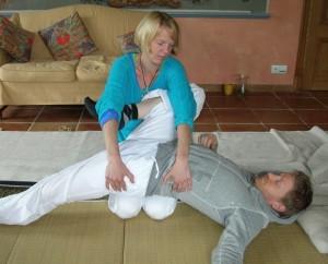 Thai Yoga Massage Berlin Kreuzberg by Birgit Strauch Shiatsu Massage ThetaHealing