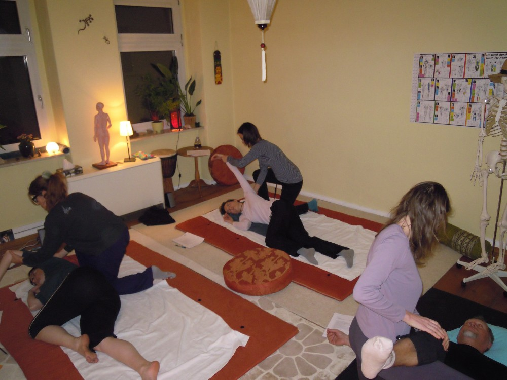 Shiatsu Workshop Neukölln by Birgit Strauch Shiatsu Massage ThetaHealing